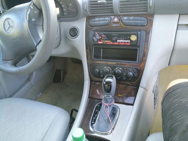 Mercedes-Benz C 270 - image 3
