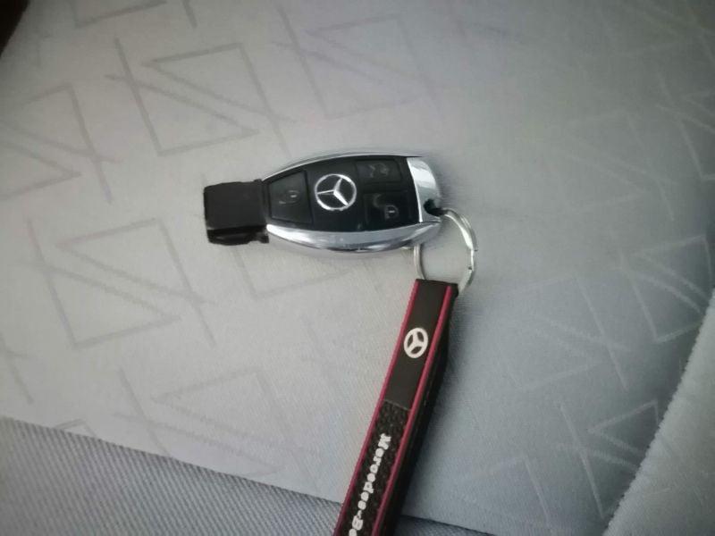 Mercedes-Benz C 270 - image 10