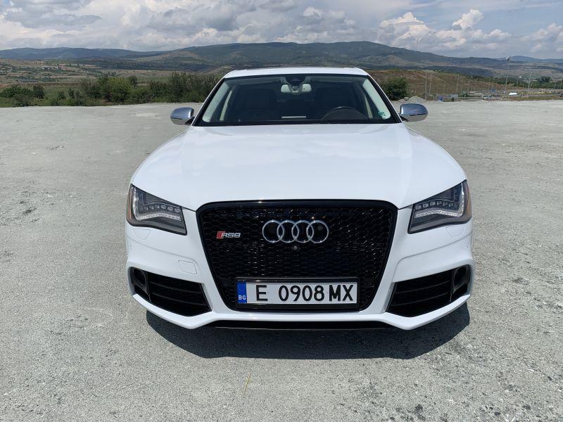 Audi S8 - image 2