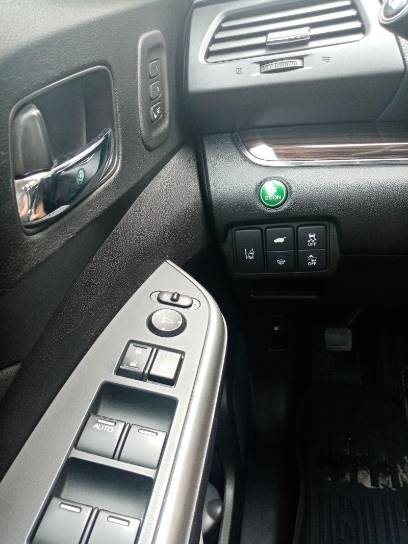 Honda CR-V - image 4
