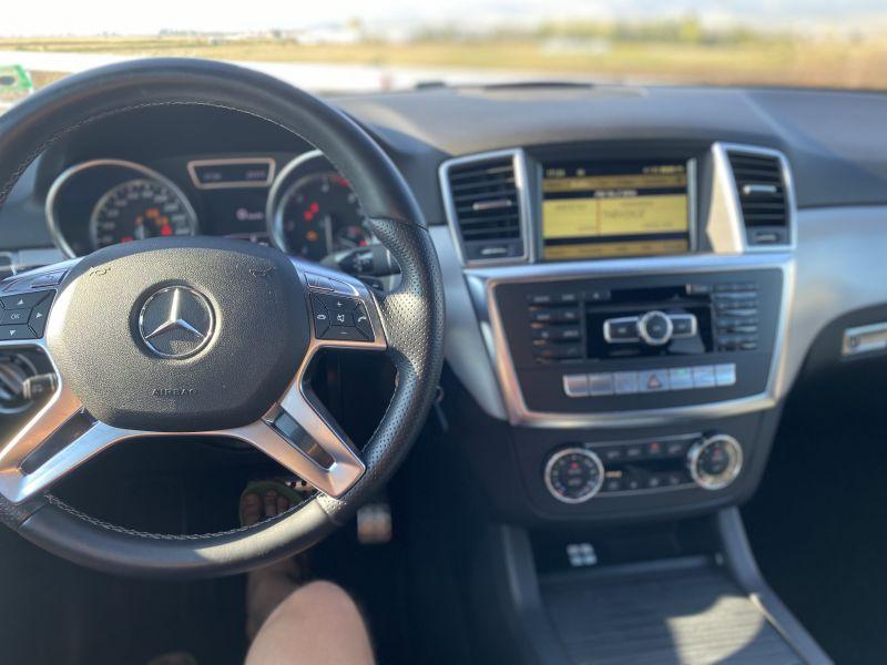 Mercedes-Benz ML 350 - image 11