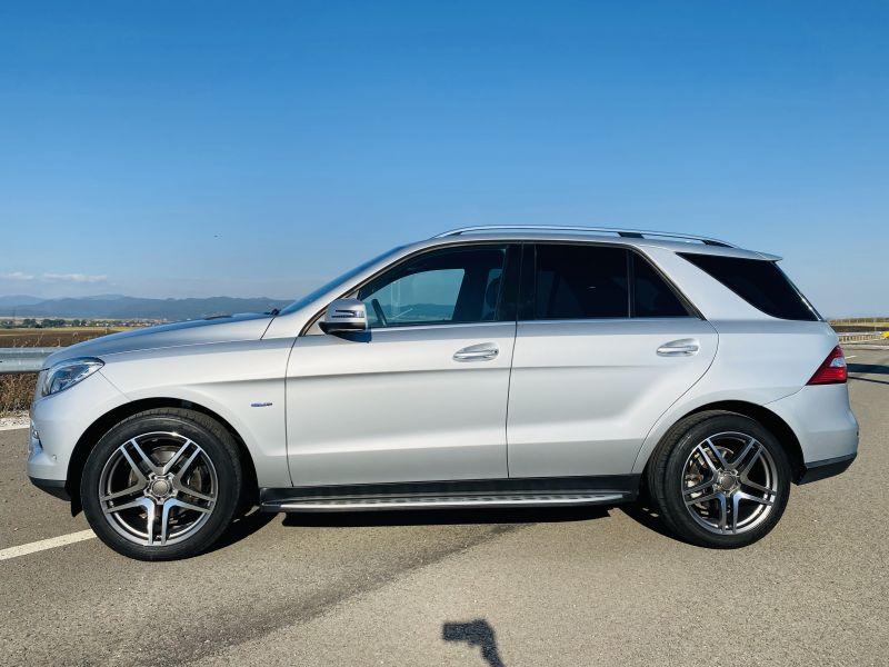Mercedes-Benz ML 350 - image 5