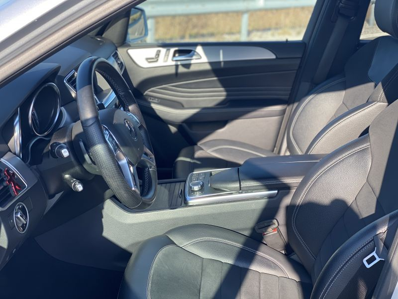 Mercedes-Benz ML 350 - image 9