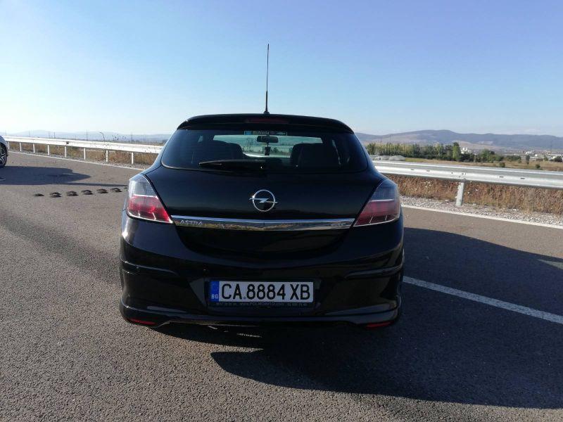 Opel Astra - image 11