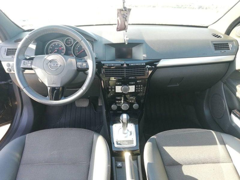 Opel Astra - image 9