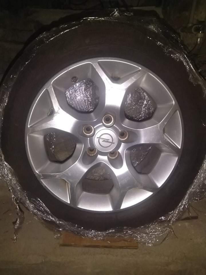 Opel Astra - image 13