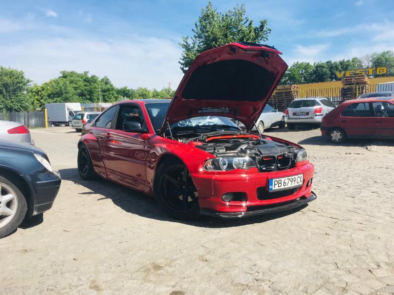 BMW 330 - image 6