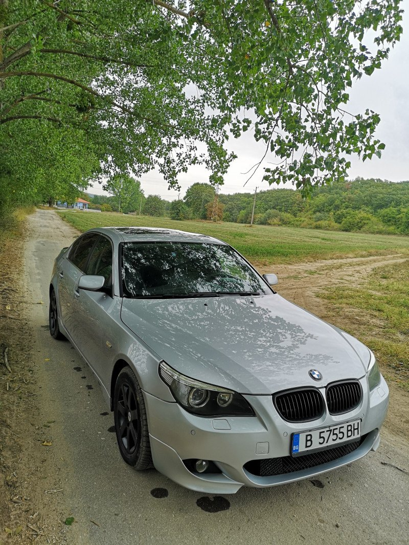 BMW 525 - image 1