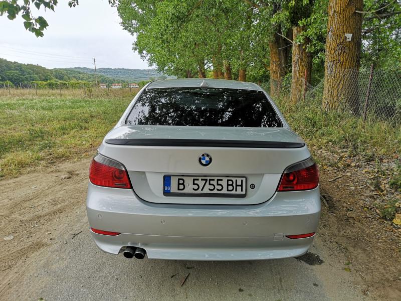 BMW 525 - image 6