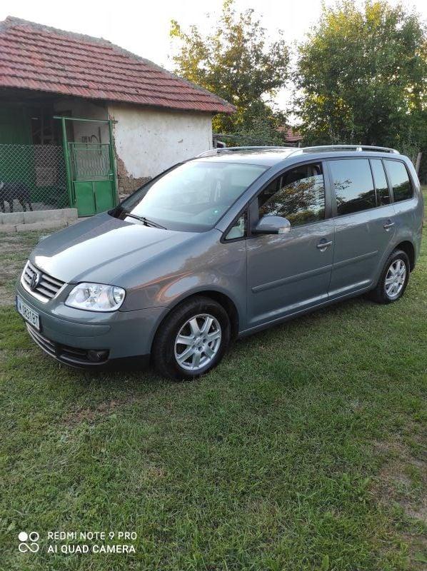 VW Touran - image 1
