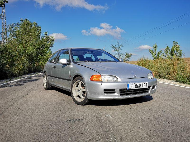 Honda Civic - image 11