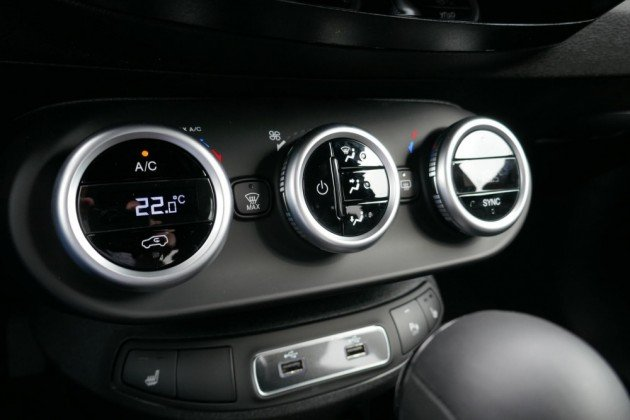 Fiat 500X - image 11