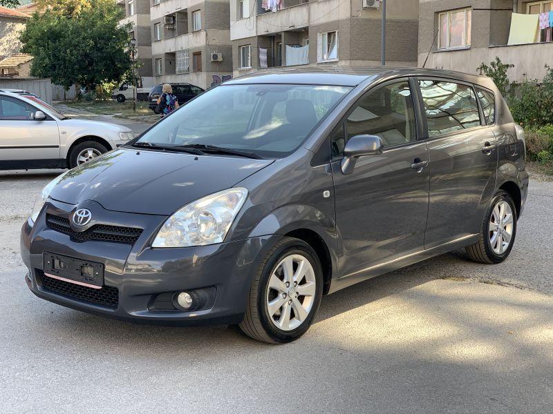 Toyota Corolla Verso - image 3