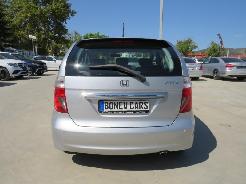 Honda FR-V - image 6