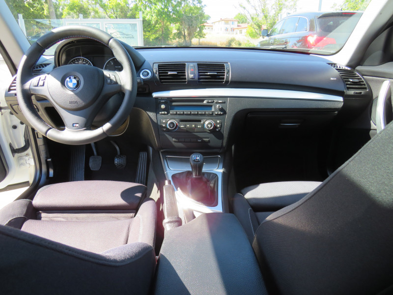 BMW 120 - image 10