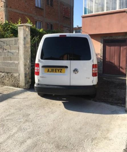 2- VW Caddy