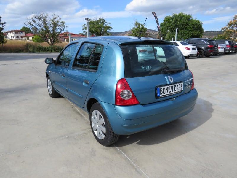 Renault Clio - image 7