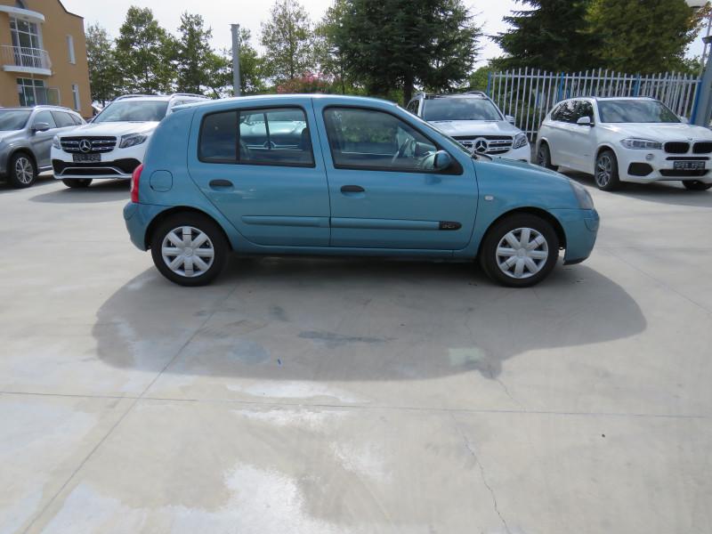 Renault Clio - image 4