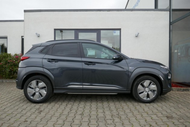 Hyundai Kona - image 3