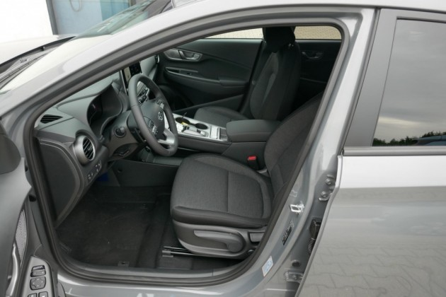 Hyundai Kona - image 8
