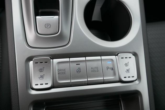 Hyundai Kona - image 13