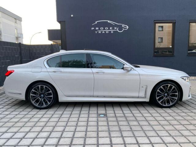 BMW 740 - image 3