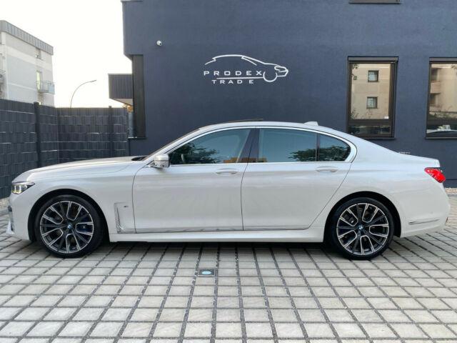 BMW 740 - image 5