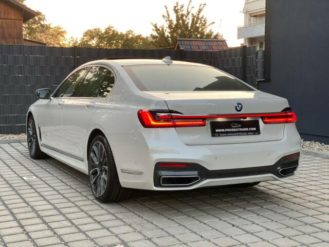 BMW 740 - image 6