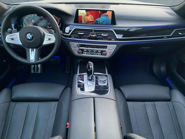 BMW 740 - image 12