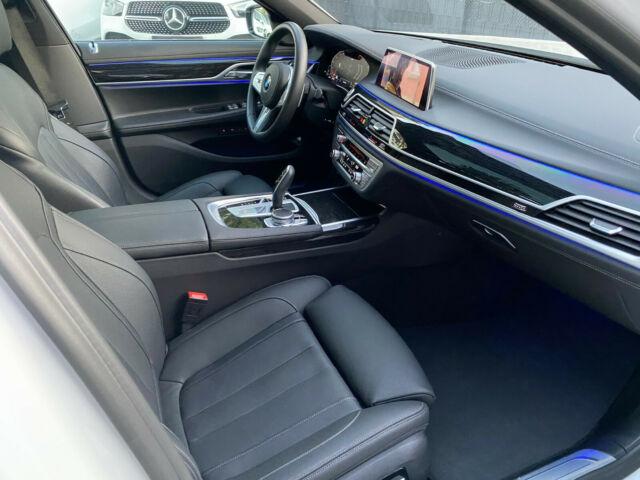 BMW 740 - image 13