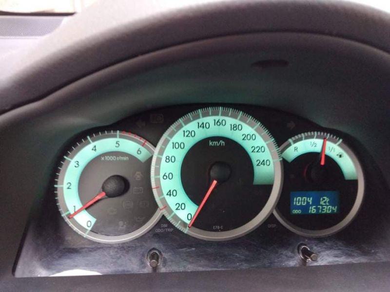 Toyota Corolla Verso - image 13