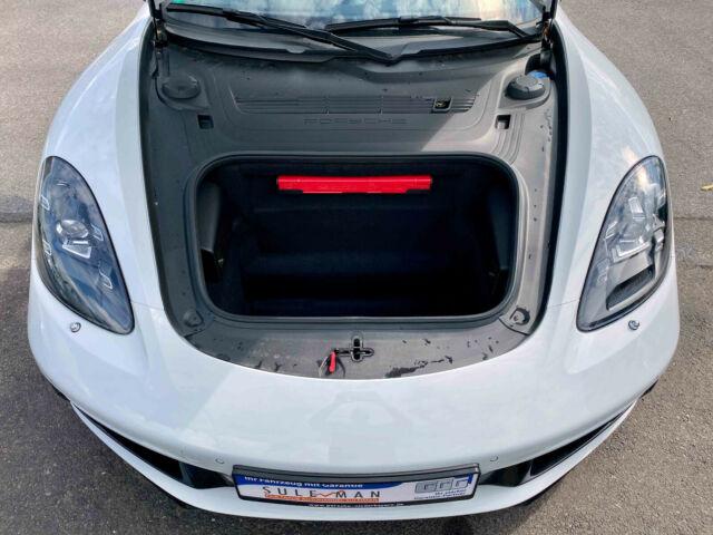 Porsche Boxster - image 4