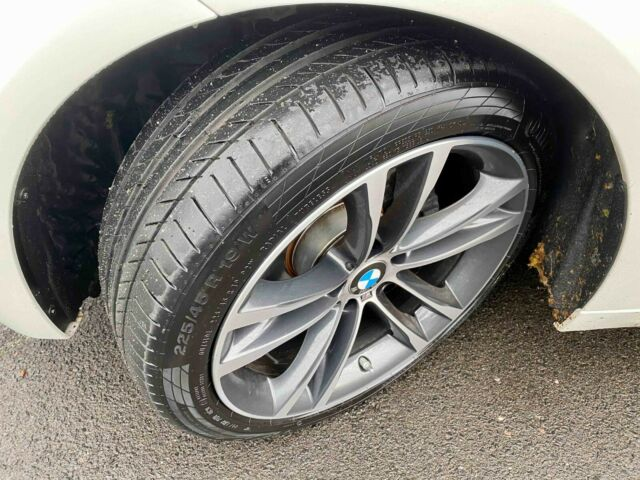BMW 320 - image 7