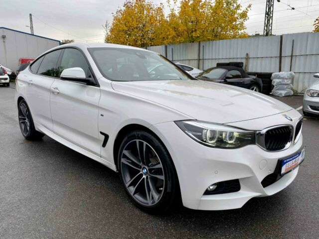 BMW 320 - image 14