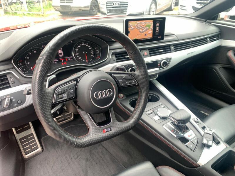 Audi RS5 - image 7