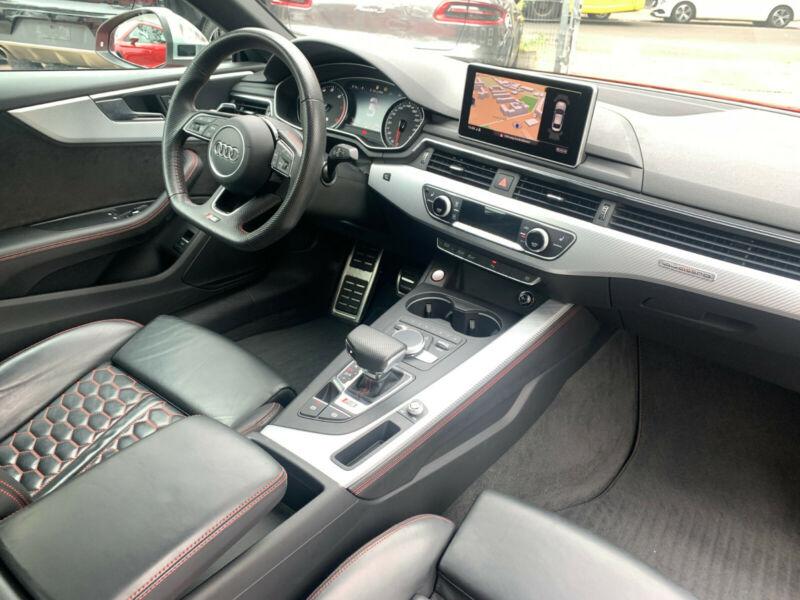 Audi RS5 - image 10