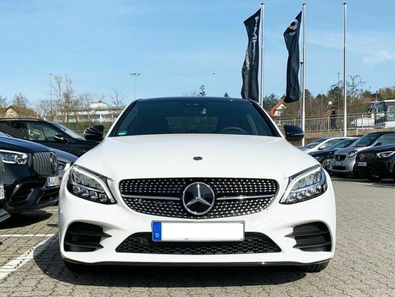 Mercedes-Benz C 200 - image 1