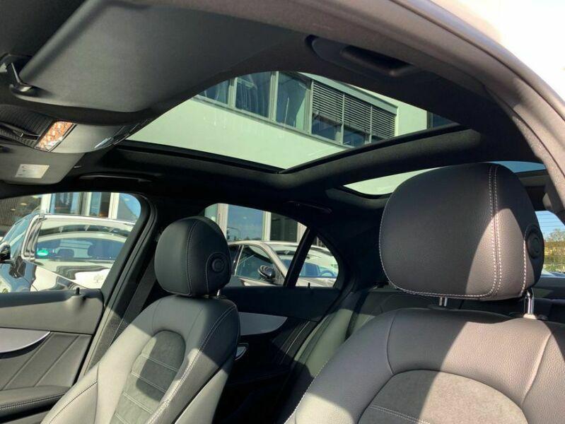Mercedes-Benz C 200 - image 7