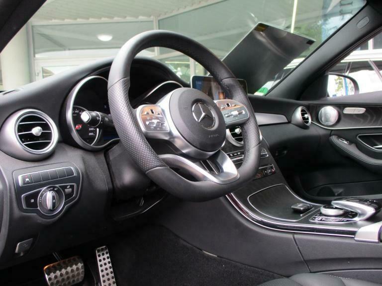 Mercedes-Benz C 300 - image 3