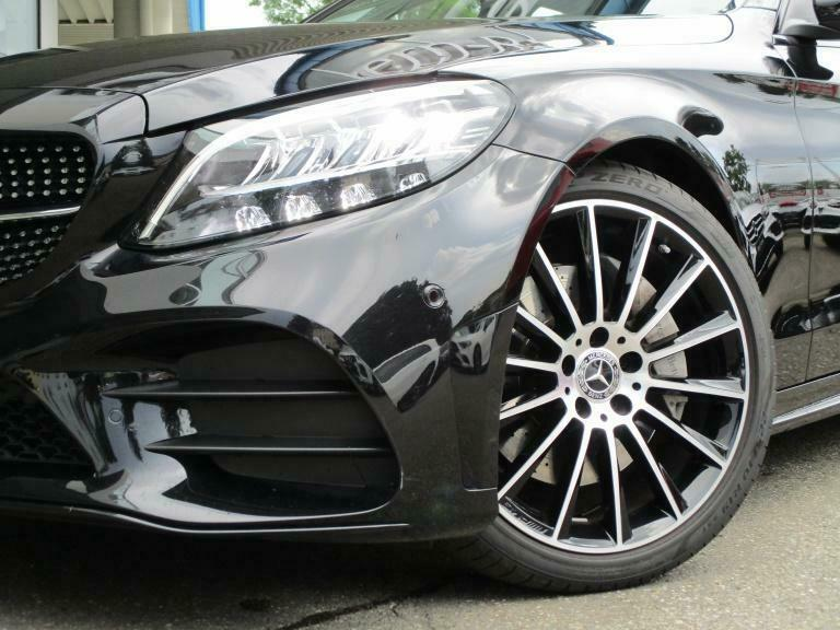 Mercedes-Benz C 300 - image 8