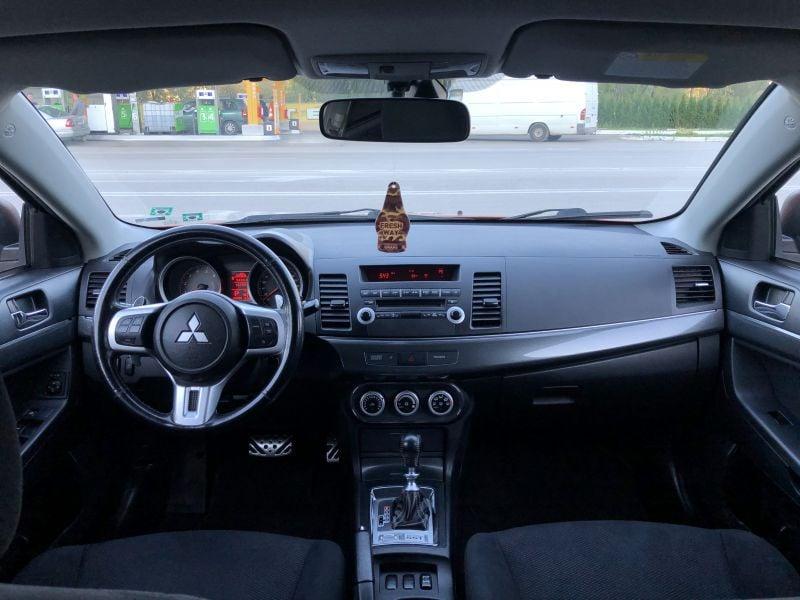 Mitsubishi Lancer - image 9