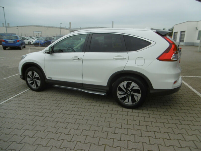 Honda CR-V - image 12