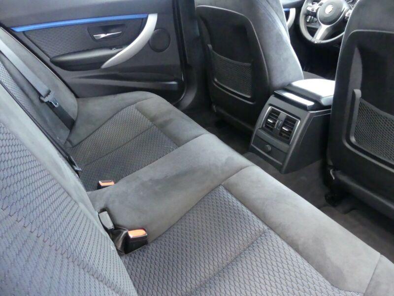 BMW 335 - image 8