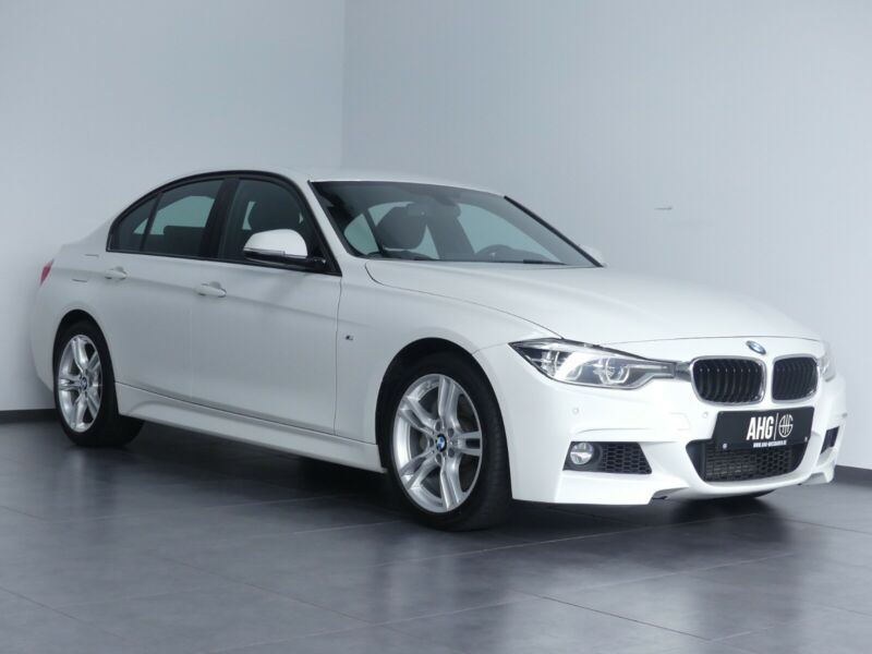 BMW 335 - image 11