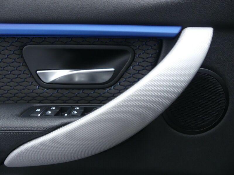 BMW 335 - image 13