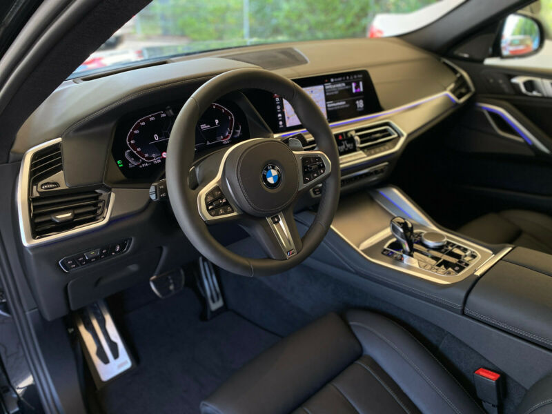 BMW X6 - image 9