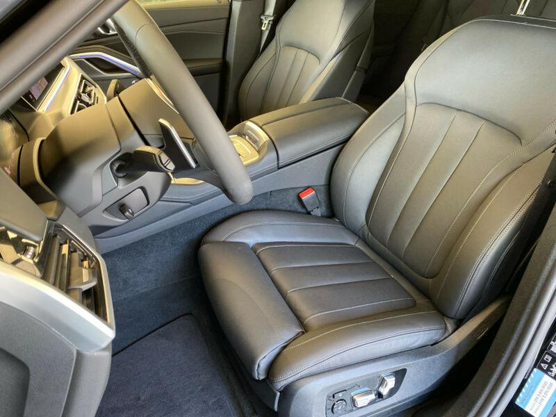 BMW X6 - image 13