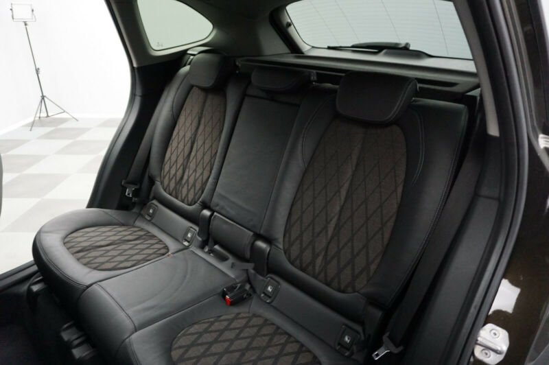 BMW X1 - image 13