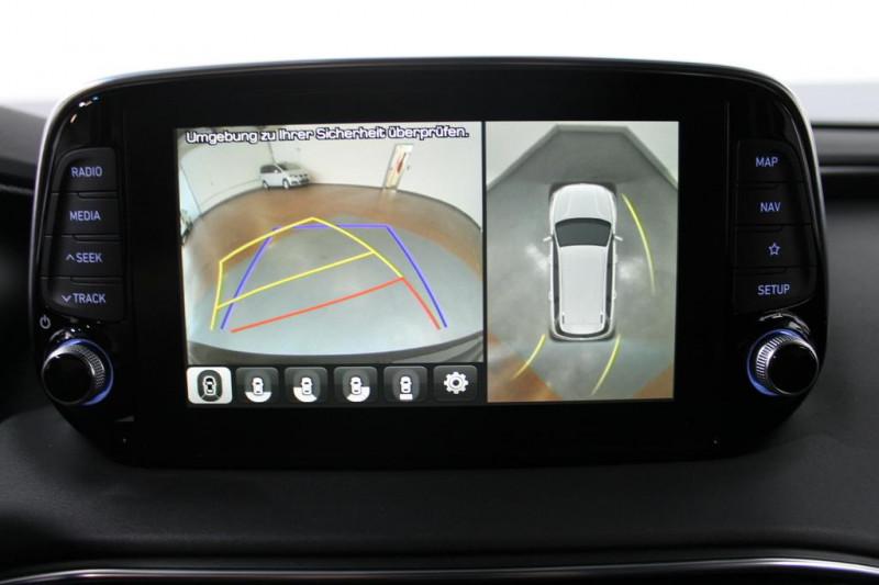 Hyundai Santa Fe - image 12