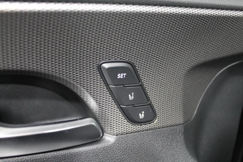 Hyundai Santa Fe - image 14